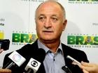Ronaldinho, Robinho, Maicon Felipão reabre briga por vagas