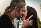 Thor The Dark World | Chris Hemsworth & Natalie Portman Kissing Scene