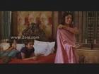 tabu showing blouse saree changing